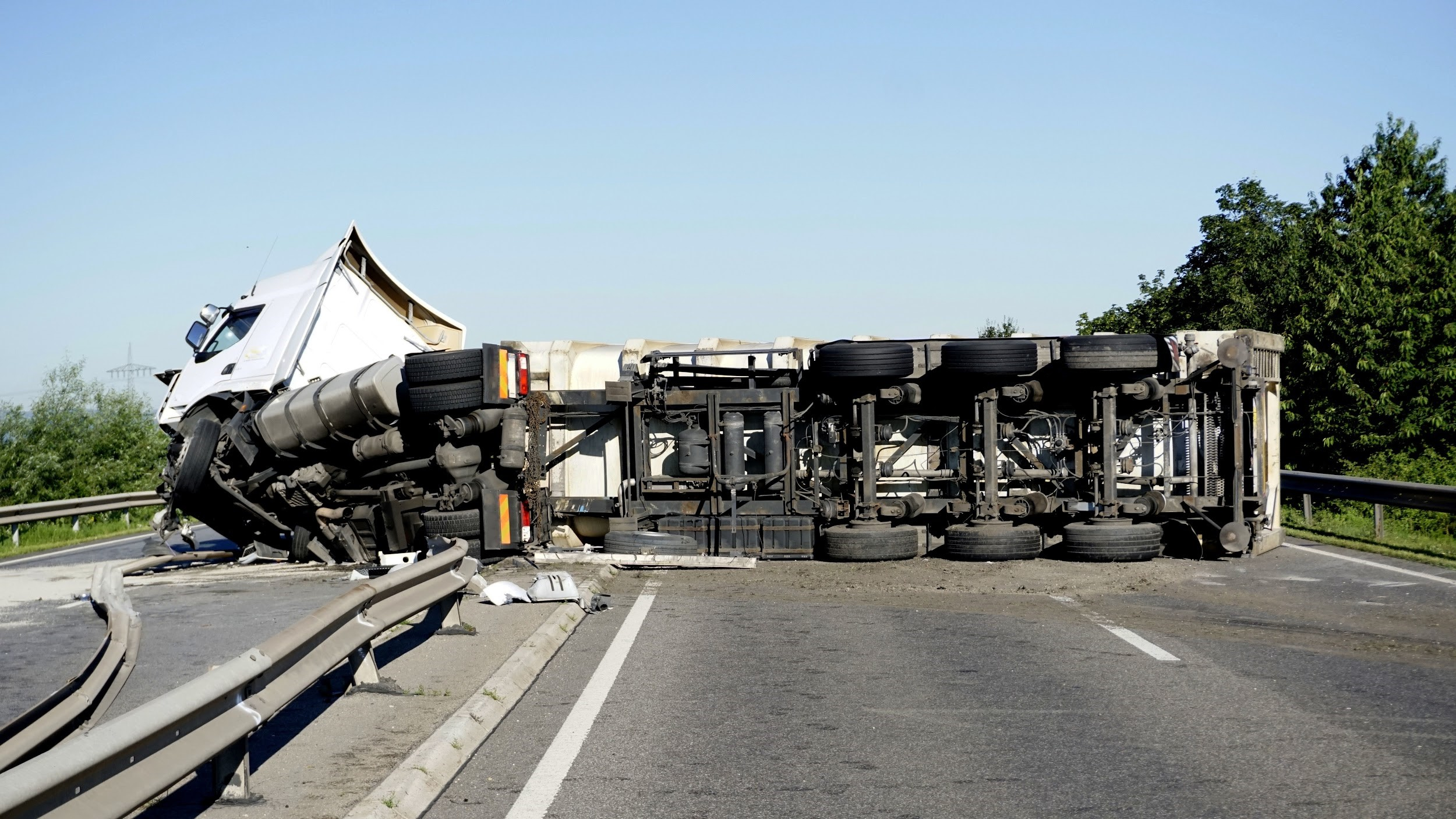 semi truck accident on highway